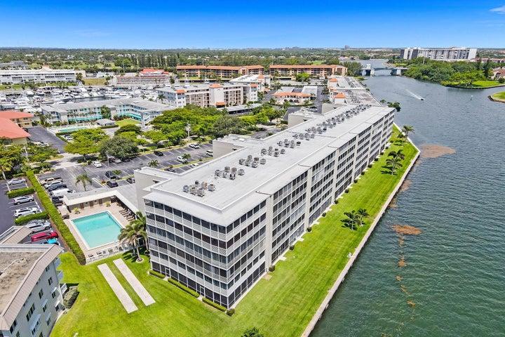 44 Yacht Club Drive, 314, North Palm Beach, FL 33408