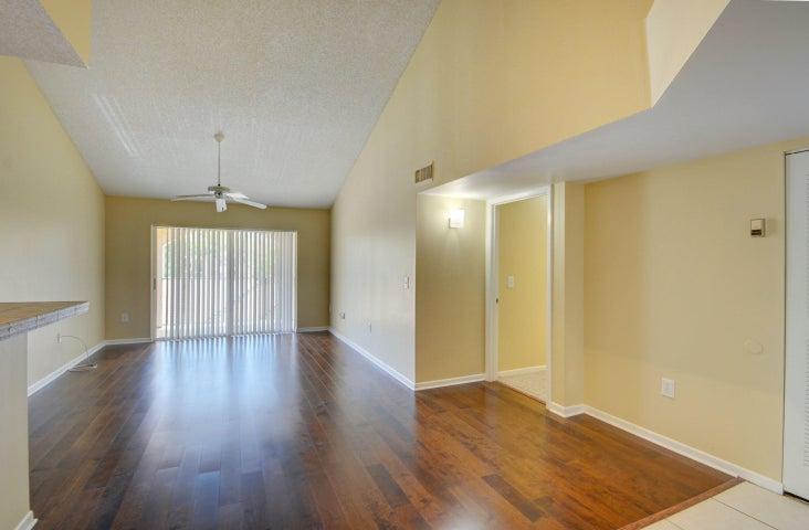 1721 Village 305 Boulevard, 305, West Palm Beach, FL 33409