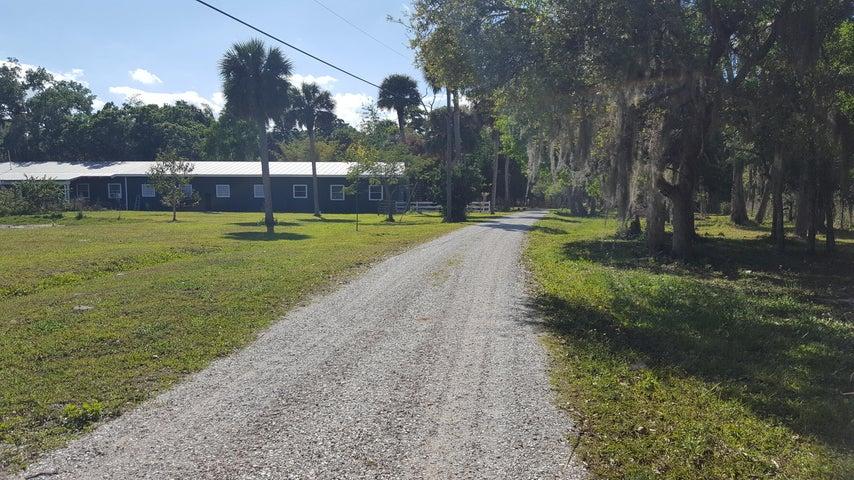3301 S Brocksmith Road, Fort Pierce, FL 34945