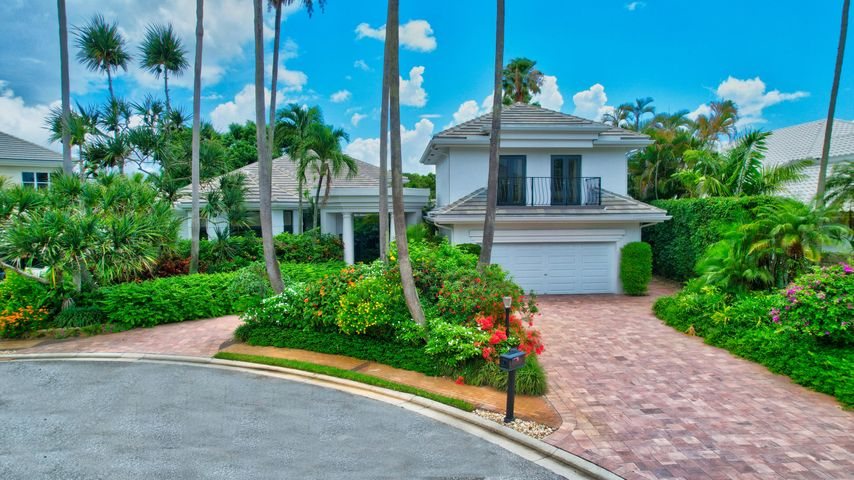17064 Castlebay Court, Boca Raton, FL 33496