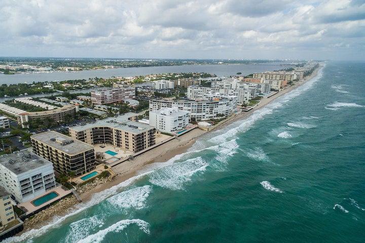3610 S Ocean Boulevard, 105, South Palm Beach, FL 33480