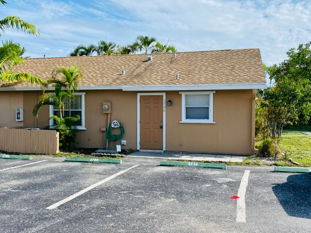 3786 92nd Lane N, West Palm Beach, FL 33403