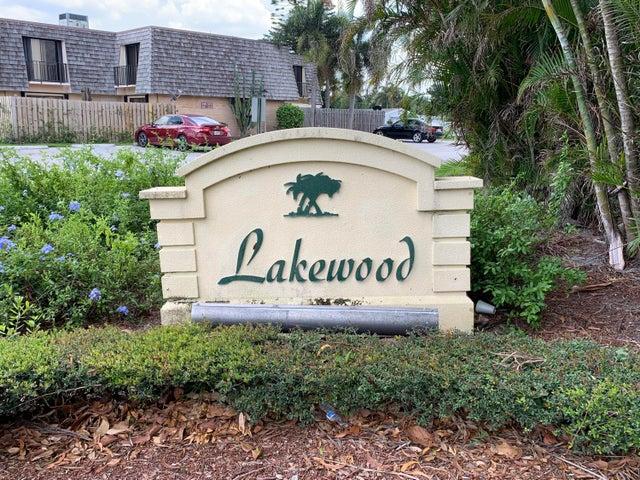 259 Lake Arbor Drive, Palm Springs, FL 33461