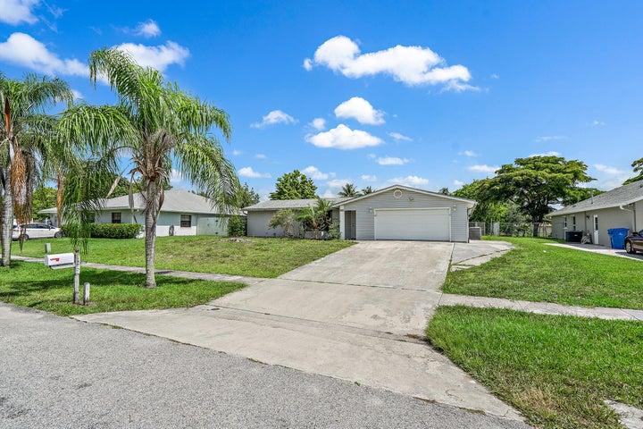 126 Valencia Street, Royal Palm Beach, FL 33411