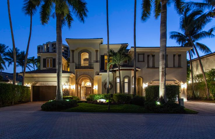 1006 Grand Court, Highland Beach, FL 33487