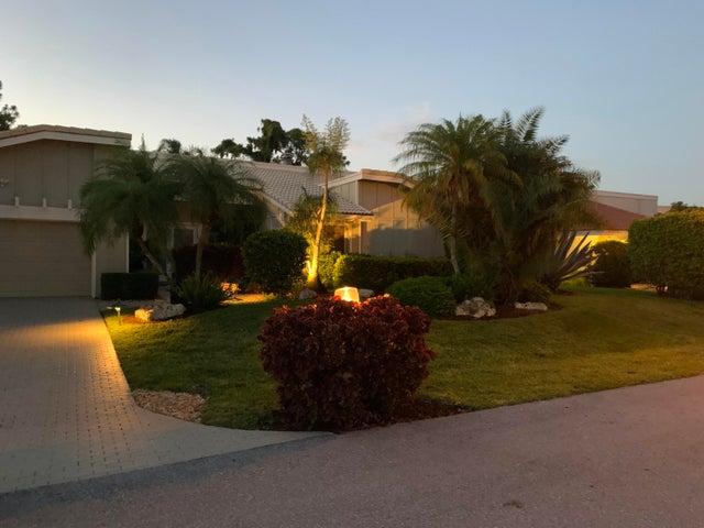 4909 Pineview Circle, Delray Beach, FL 33445
