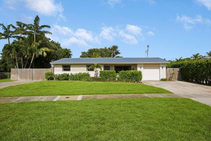 985 Laurel Road, North Palm Beach, FL 33408