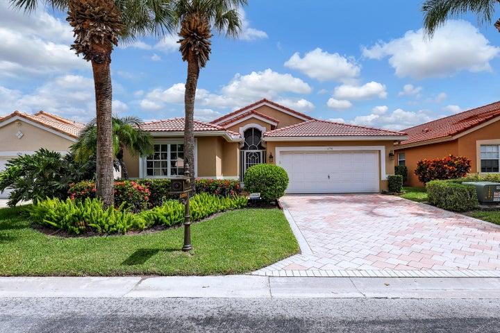 6598 Sun River Rd Road, Boynton Beach, FL 33437
