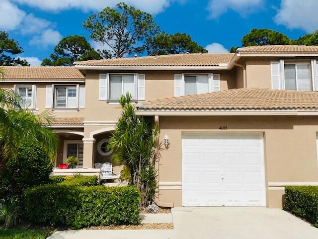 4688 Pinemore Lane, Lake Worth, FL 33463