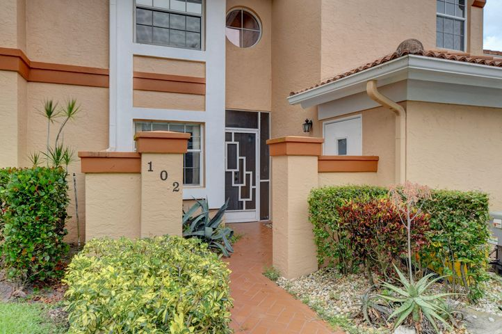 9805 Shadybrook Drive, 102, Boynton Beach, FL 33437