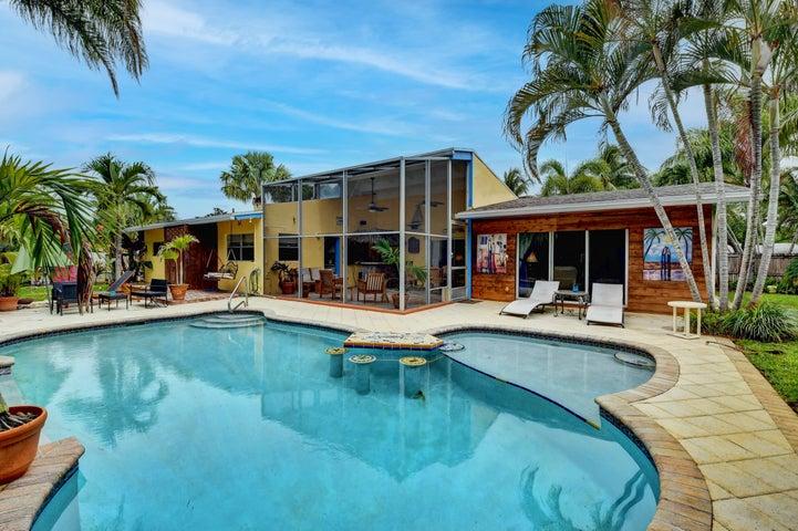 610 Hillcrest Road, Boynton Beach, FL 33435