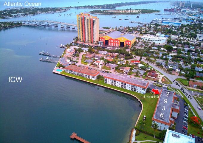 2936 Lakeshore Drive, 110, Riviera Beach, FL 33404