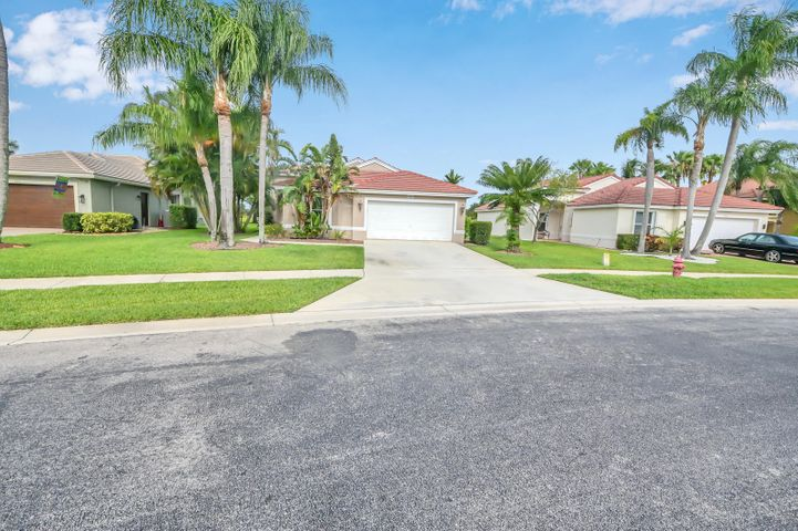 5409 Oakmont Village Circle, Lake Worth, FL 33463