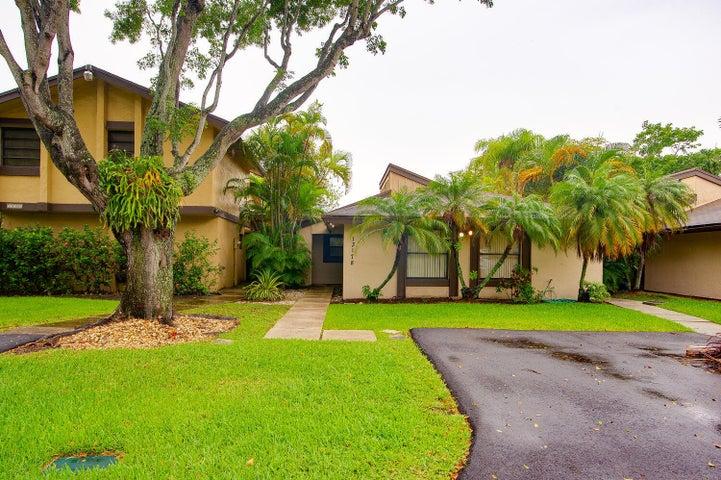 13178 SW 91st Place, Miami, FL 33176