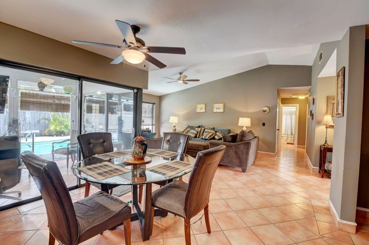 17551 Weeping Willow Trail, Boca Raton, FL 33487