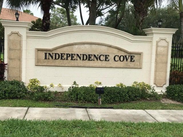 745 Imperial Lake Road, West Palm Beach, FL 33413