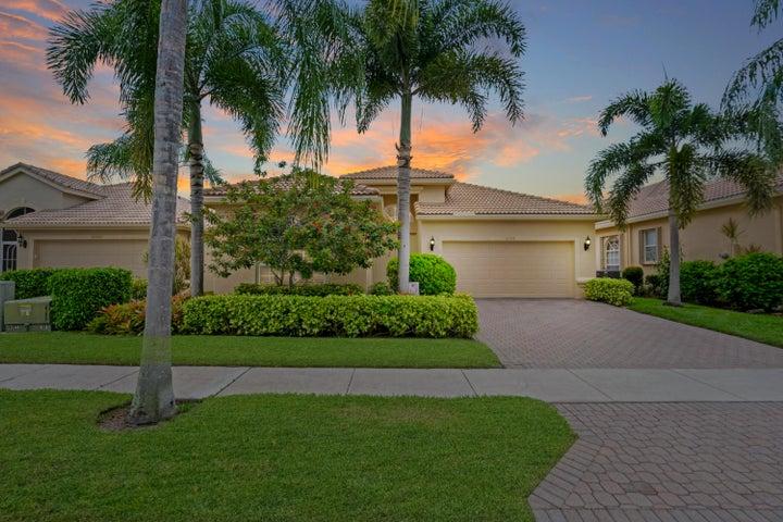 10758 Grande Palladium Way, Boynton Beach, FL 33436