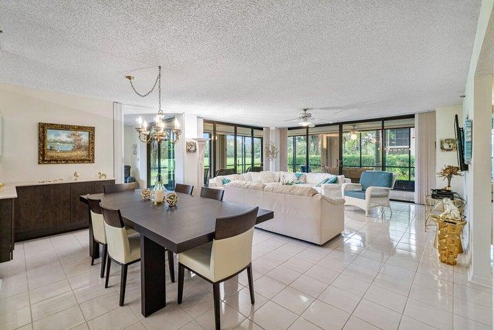7572 Regency Lake Drive, 102, Boca Raton, FL 33433