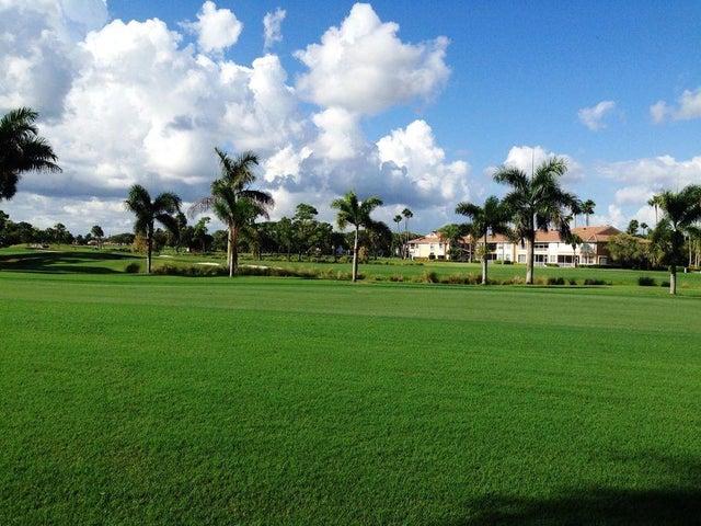 316 Brackenwood Circle, Palm Beach Gardens, FL 33418