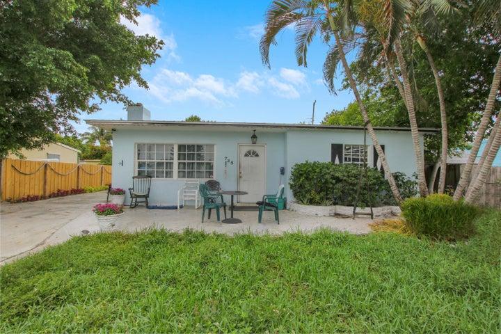 725 Cherry Road, West Palm Beach, FL 33409