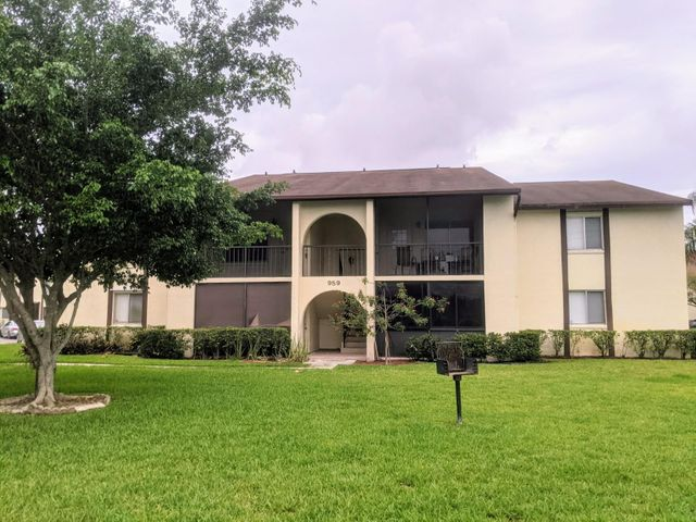 4709 Sable Pine Circle, B1, West Palm Beach, FL 33417