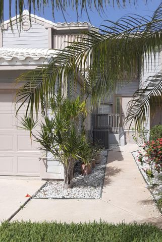 8849 SE Riverfront Terrace, Tequesta, FL 33469