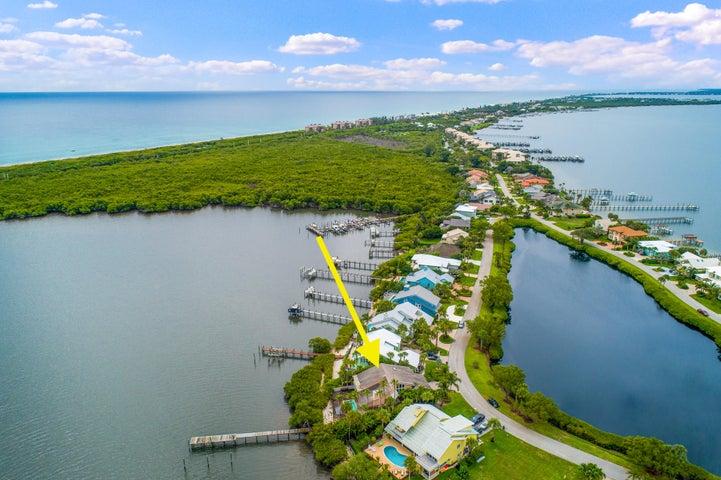 4050 NE Joes Point Road, Stuart, FL 34996