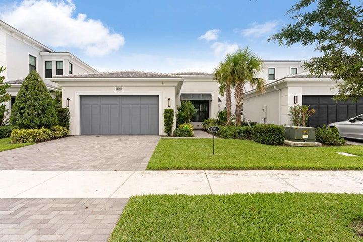 13694 Artisan Circle, Palm Beach Gardens, FL 33418