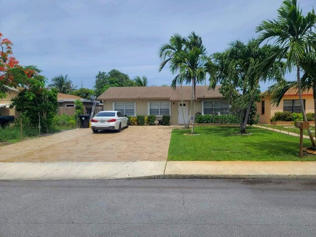 644 Barber Avenue, Lake Worth, FL 33461