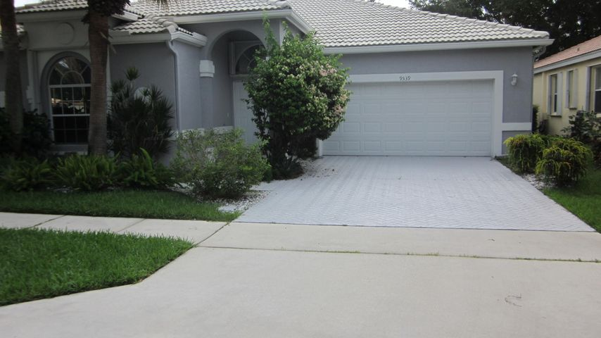 9539 Arbor View Drive N, Boynton Beach, FL 33437