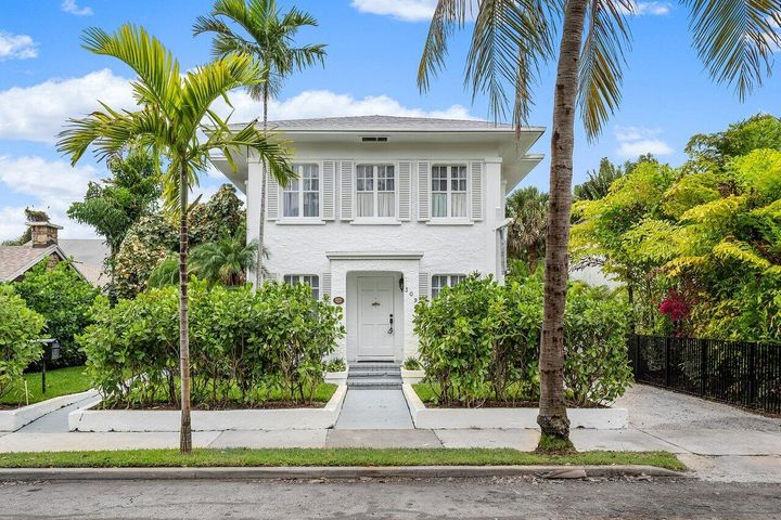 309 Pershing Way, West Palm Beach, FL 33401