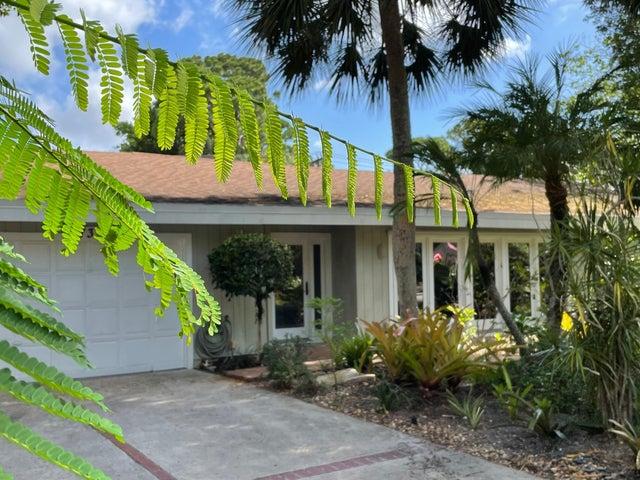 739 Aurelia Street, Boca Raton, FL 33486