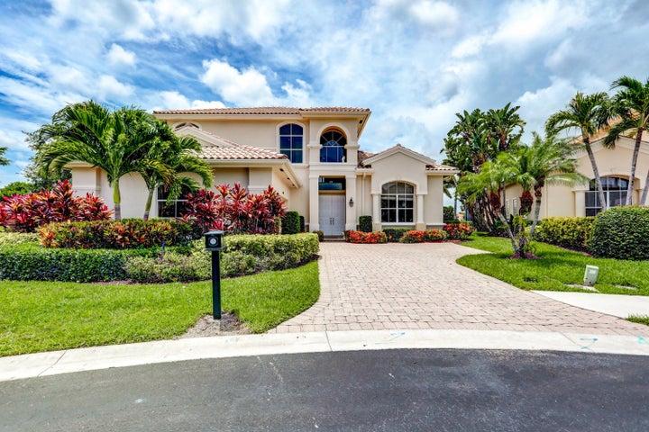 1124 Grand Cay Drive, Palm Beach Gardens, FL 33418