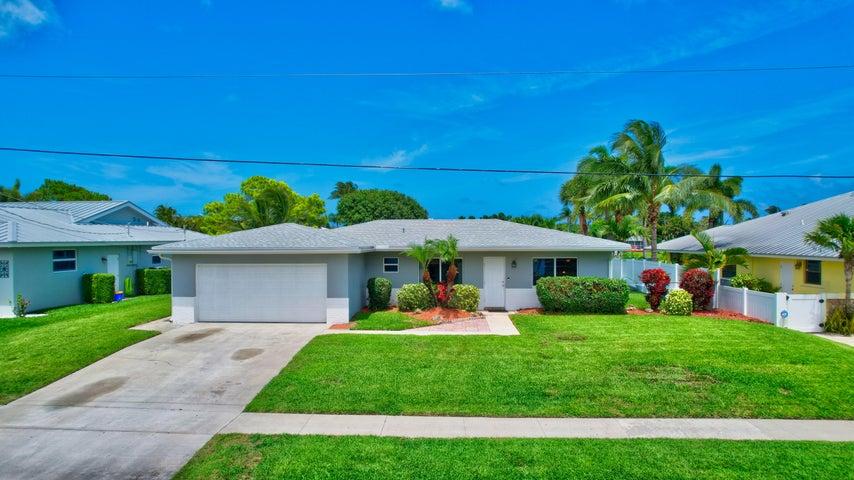 2518 SW 12th Street, Boynton Beach, FL 33426