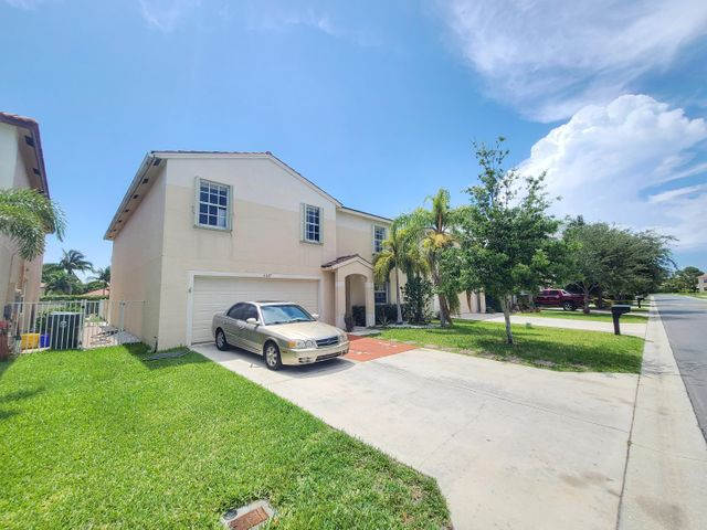 6627 Rainwood Cove Lane, Lake Worth, FL 33463