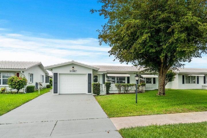 2087 SW 13th Avenue, Boynton Beach, FL 33426