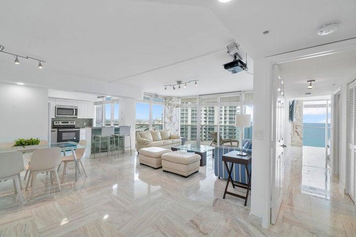 6301 Collins Avenue, 2708, Miami Beach, FL 33141
