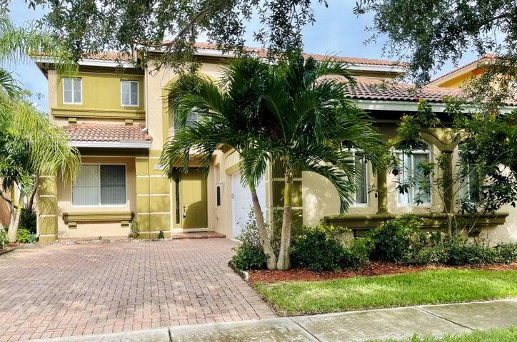 809 Triana Street, West Palm Beach, FL 33413