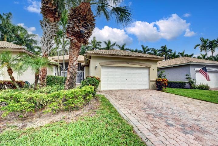 9767 S Crescent View Drive S, Boynton Beach, FL 33437