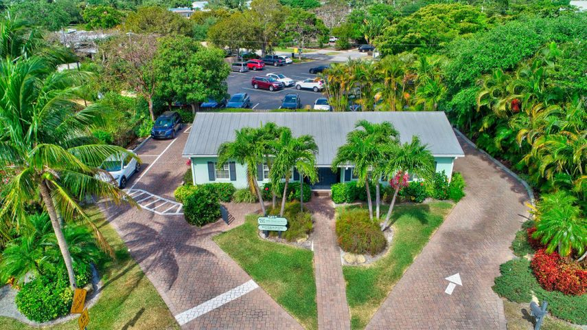 710 NE 3rd Avenue, Delray Beach, FL 33444