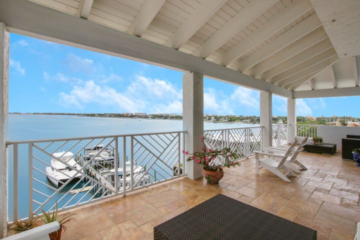 Entertaining is a dream on this large balcony.
