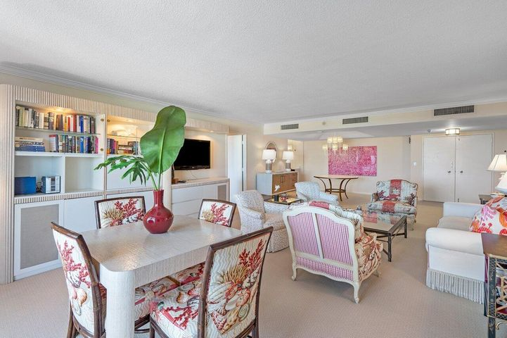 130 Sunrise Avenue, 615, Palm Beach, FL 33480