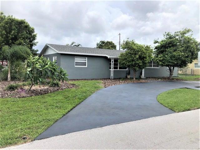 2766 Floweva Street, West Palm Beach, FL 33406