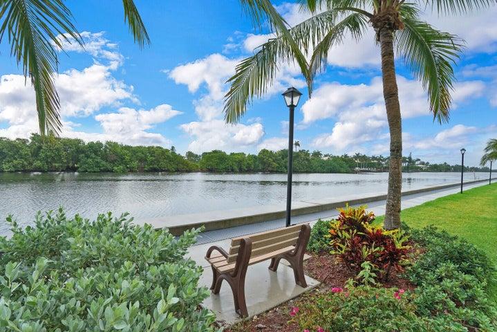 6 Colonial Club Drive, 202, Boynton Beach, FL 33435