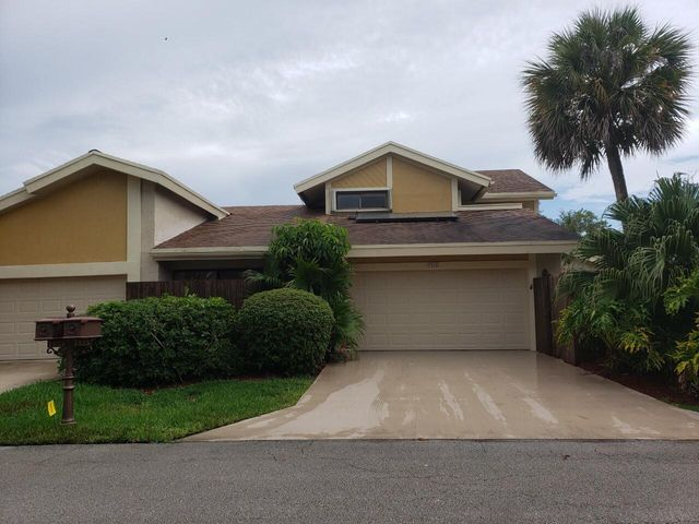 7825 Stanway Place W, Boca Raton, FL 33433