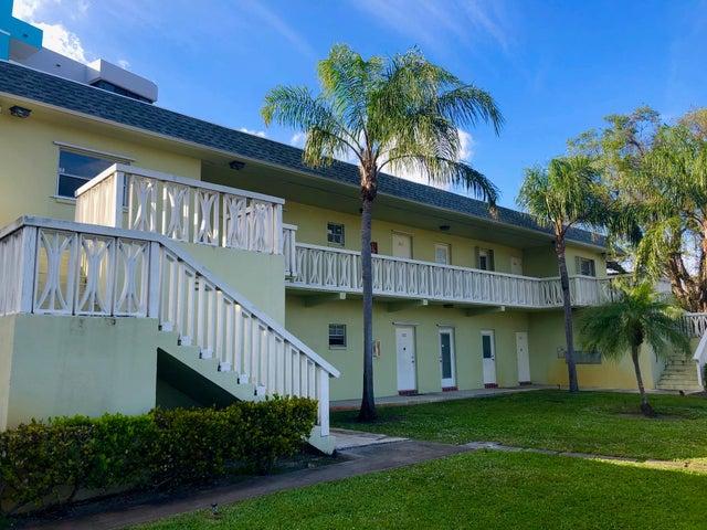 1100 Tallwood Avenue, 201, Hollywood, FL 33021