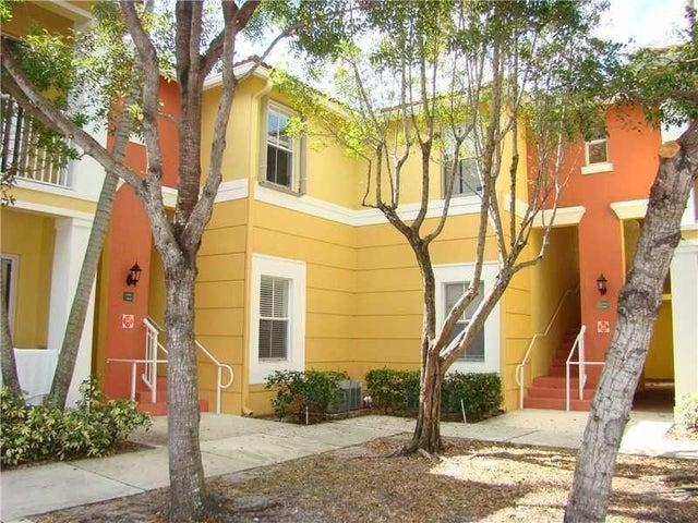 2121 Shoma Drive, Royal Palm Beach, FL 33414
