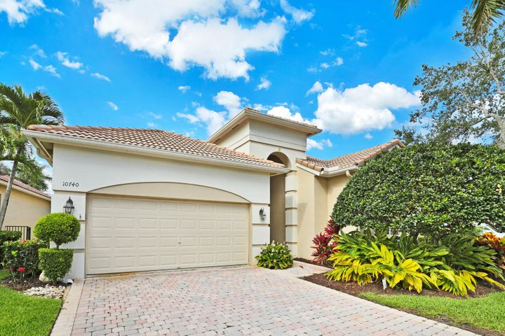 10740 Grande Boulevard, West Palm Beach, FL 33412
