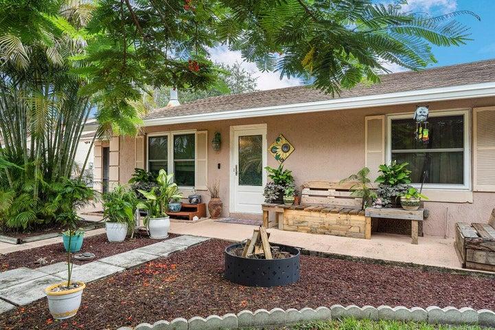 7349 Cocoanut Drive, Lake Worth, FL 33467