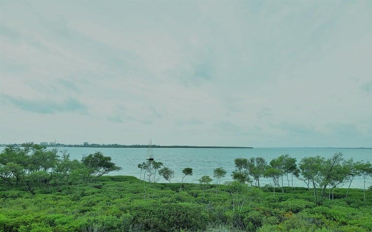 25 Harbour Isle Drive W, 306, Fort Pierce, FL 34949